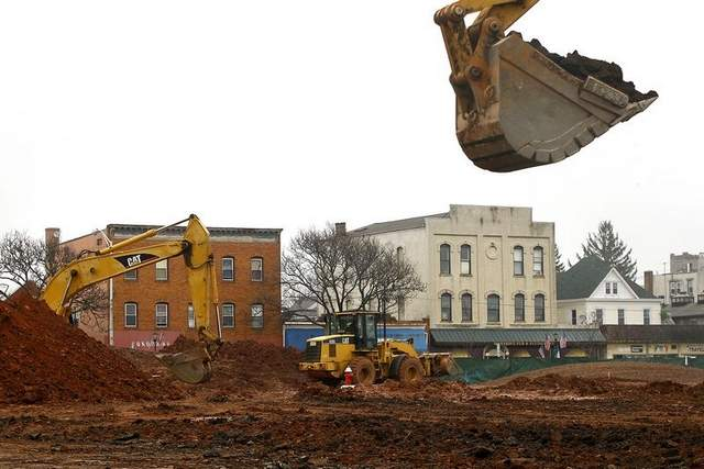 Construction of the Somerville Town Center. Source: BOB KARP/Gannett