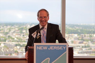 Peter Reinhart, Chairman of the New Jersey Future Board of Trustees, welcomes the crowd