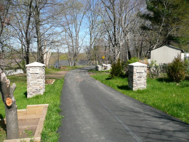 Entrance to the Morris Canal Greenway in Woodland Park web
