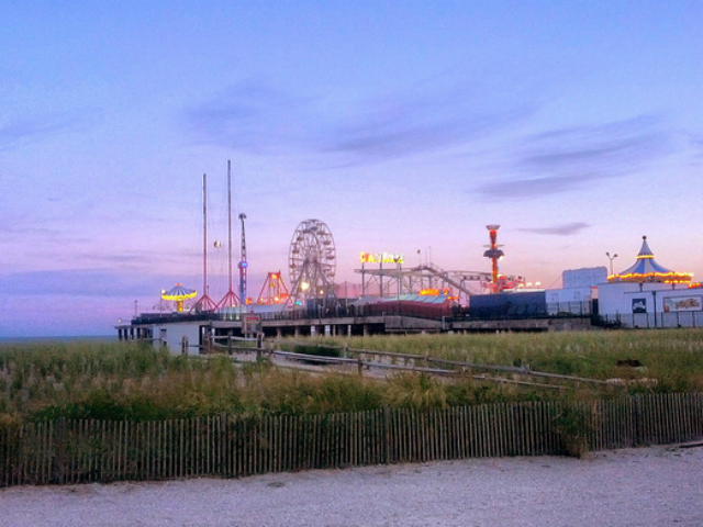 Atlantic City's Steel Pier at sunset. Photo credit: flickr user SurFeRGiRL30