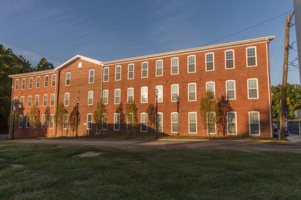 Union_Eagle_Senior_Apartments_exterior